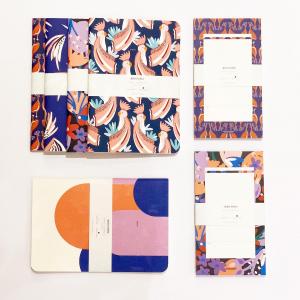 Découvrez la nouvelle collection Ultra Violet de papeterie imaginée par Sophie et Antoine dans leur atelier parisien. Du violet, of course, et des oiseaux, fidèles à l'empreinte de la marque.   A retrouver en boutique et sur l'e-shop😉  #papeterie #madeinfrance🇫🇷 #carnet #blocnotes #madeinparis #ecoresponsable