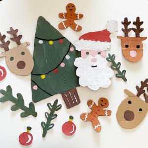 Un des moments qu'on préfère: finaliser les préparatifs de Noël, la table, les décorations✨  La boutique est ouverte aujourd'hui jusqu'à 17h. On se retrouve ensuite samedi 26 jusqu'au 31 décembre.   On vous souhaite un très bon réveillon de la Saint-Sylvestre✨!   #merrychristmas #joyeuxnoel #boutiquecreateurs #eshop #ecoresponsable #noelethique