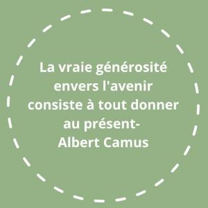 |Inspiration| -L'Homme révolté 1951- Albert Camus résume ainsi sa philosophie humaniste.   Bien sûr, il y a plein de façon de comprendre cette citation mais pour moi, elle résonne avec la définition du développement durable.   «Un développement qui répond aux besoins du présent sans compromettre la capacité des générations futures à répondre aux leurs» -Mme Gro Harlem Brundtland, première ministre norvégien en 1987.  Cette définition a ensuite été officialisée par les Nations Unies en 1992.  #citation #ecologie #durable #humanism #ethique #ecoresponsable